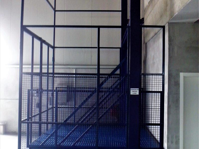 teretni liftovi seming doo gračanica bosna i hercegovina